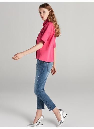 Kısa Kollu Kristal Taş İşlemeli Gömlek-Ipekyol